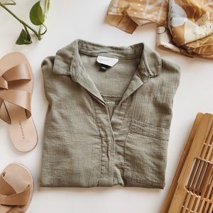 Universal Thread Olive Green Camp Shirt